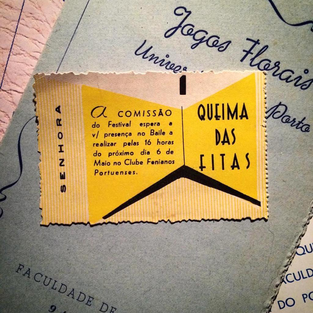 Vintage ticket for a Queima das Fitas.